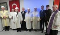 Gebete der Religionen - Interreligiöser Gottesdienst am Sonntag, 24. Februar um 16 Uhr in St. Michael