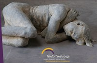 """40 Jahre Telefonseelsorge: Skulpturen-Zyklus """"The Hour Of The Wolf"""" in St. Peter vom 5. April bis 26. Mai"""
